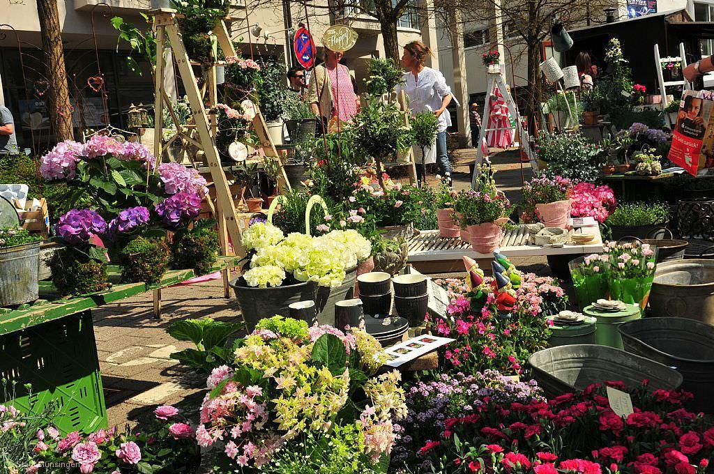 Kunst Und Gartenmarkt Münsingen Am 28042019 Markt