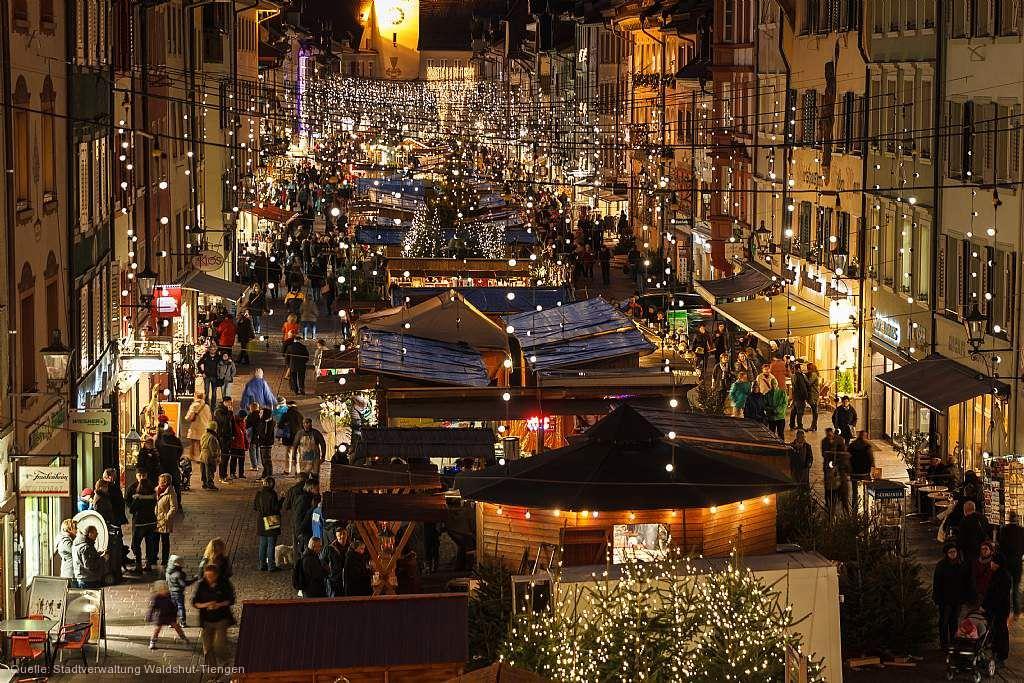 Schwäbisch Gmünd Weihnachtsmarkt.Traditioneller Weihnachtsmarkt Waldshut Tiengen Am 30 11 2019 Bis