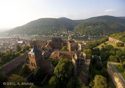"""""""Von Tisch und Tafel - Essen und Trinken in Schlössern, Klöstern und Burgen"""" Heidelberg"""