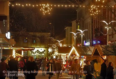 Weihnachtsmarkt auf dem Obermarkt Worms