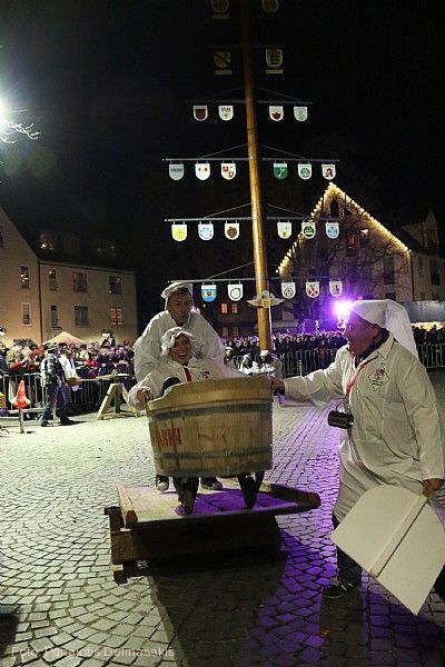 Schmotziger Donnerstag in Bad Cannstatt Stuttgart