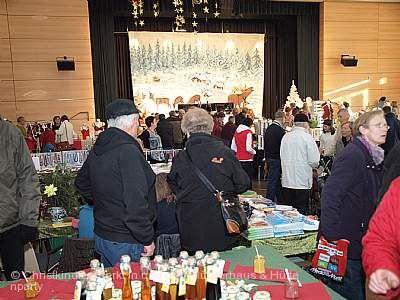 Christkindlesmarkt im und ums Bürgerhaus & Hüttenparty Kernen im Remstal