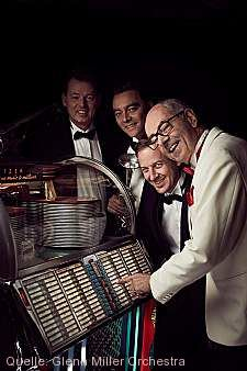 "The World Famous Glenn Miller Orchestra - ""Jukebox Saturday Night"" Überlingen"