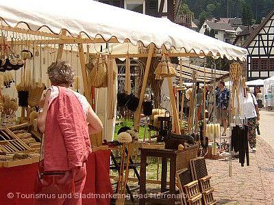 Kunsthandwerkermarkt Bad Herrenalb