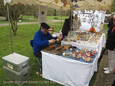 """Kunsthandwerkermarkt """"Kunst und Genuss"""" Bad Krozingen"""