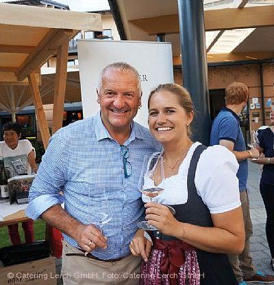 Weinmarkt mit Top Winzergrößen Biberach an der Riß