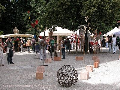 Kunsthandwerkermarkt: Plätze der Inspiration Weikersheim