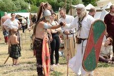 Mittelalterliches Treiben mit Herz Niefern-Öschelbronn