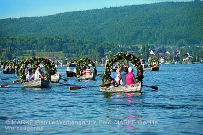 Traditionelles Hausherrenfest mit Mooser Wasserprozession Radolfzell am Bodensee