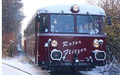 Fahrt mit dem historischen Schienenbus ROTER FLITZER zum Altdeutschen Weihnachtsmarkt Bad Wimpfen Stuttgart
