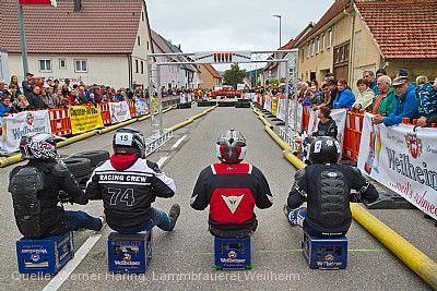 Weilheimer Brauereifest mit Bierkistenrennen Rietheim-Weilheim